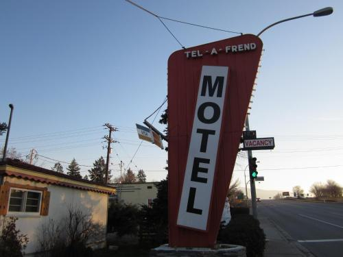 Tel-a-friend Motel - Vernon, BC V1T 5K4