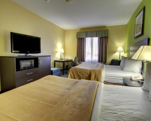 Quality Inn Litchfield - Litchfield, IL 62056