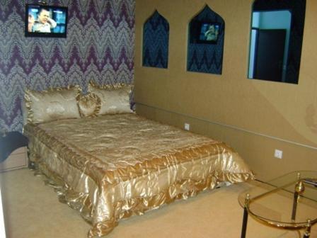 Aladin and Arabella Apartments