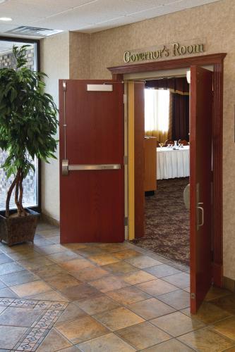 Ramkota Hotel Bismarck - Bismarck, ND 58504