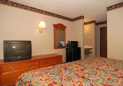 Rodeway Inn East Albuquerque Photo