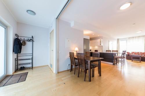 Best Apartments- Aida