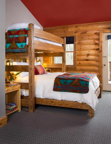 The Bivvi Hostel - Breckenridge, CO 80424