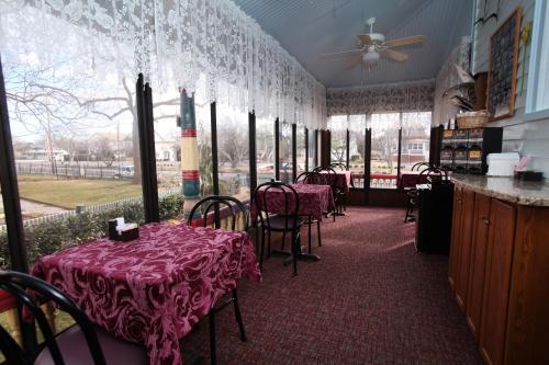Albert Stevens Inn - Cape May, NJ 08204