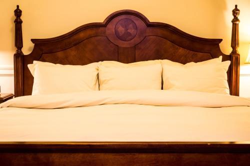 Hotel 340 - Saint Paul, MN 55101