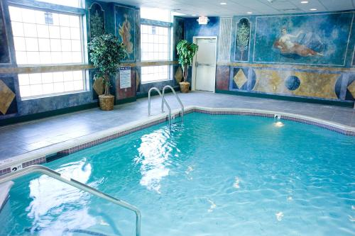 Bellissimo Grande Hotel - North Stonington, CT 06359