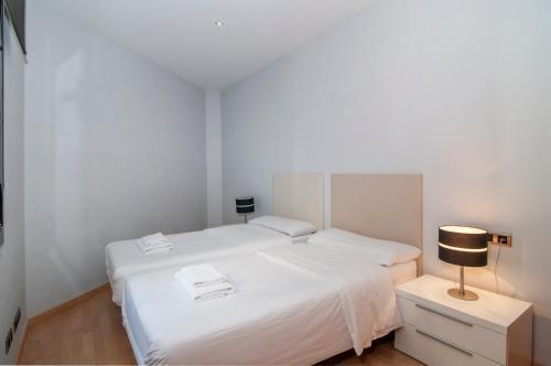 Tamarit Apartments photo 24