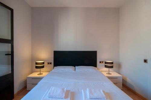 Tamarit Apartments photo 34