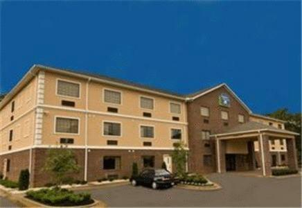 Magnolia Inn And Suites Olive Branch - Olive Branch, MS 38654