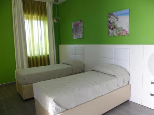 Motel S.16