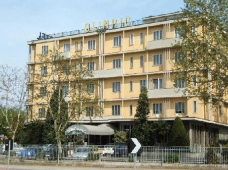 A hotel olimpic albergo castel maggiore for Hotel bologna borgo panigale