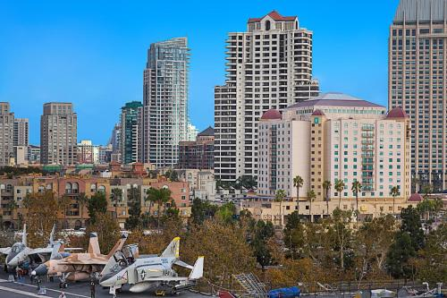 Embassy Suites by Hilton San Diego Bay Downtown Photo