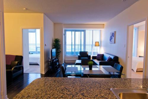 Maplewood Furnished Suites - Mississauga, ON L5B 0C2