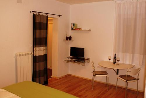 Apartment Studio Fuart