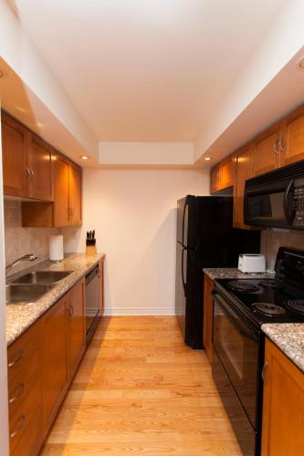 Red Maple Suites - Icon - Toronto, ON M5V 3P6