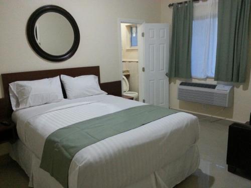 Belvedere Inn - Hollywood, FL 33023