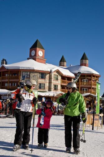 Polaris Lodge Photo