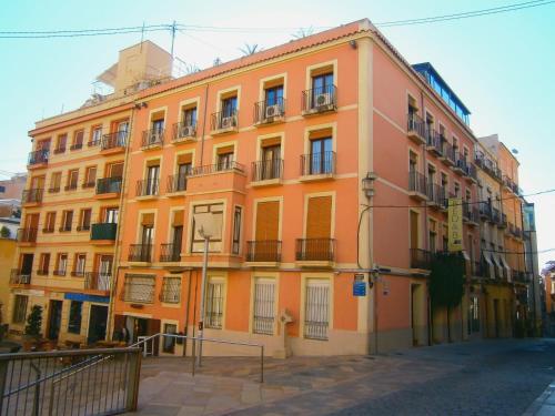 Calle Villavieja, 8, Alicante 03002, Spain.