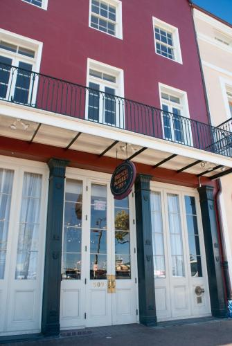 Hotels Near Jazz Fest New Orleans
