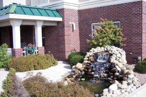 Country Inn & Suites by Radisson, Elkhart North, IN Photo