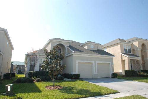 Orlando Vacation Rentals - Kissimmee, FL 34746