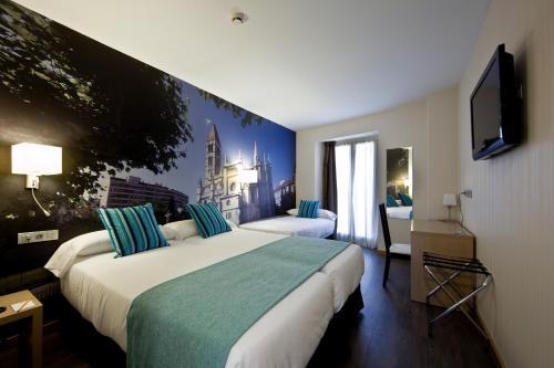 Habitación Triple ELE Enara Boutique Hotel 22