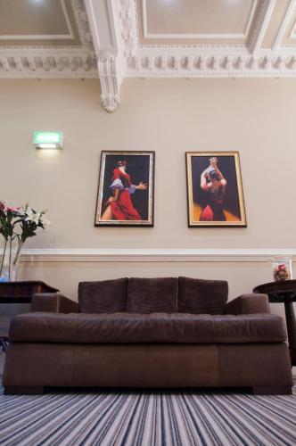 Palmerston Suites photo 34