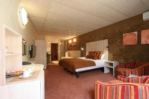 African Rock Hotel Photo