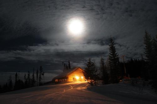 Trickle Creek Lodge Photo