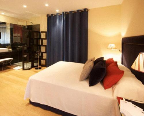 Doppel- oder Zweibettzimmer Hotel Solar de Febrer 1