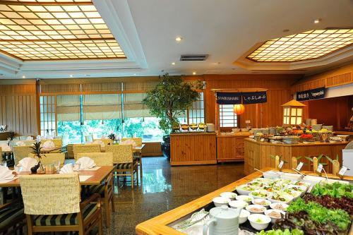 Golden Tulip Sovereign Hotel Bangkok photo 14