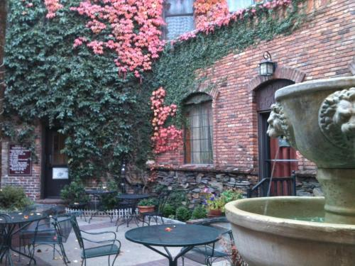 Historic Cary House Hotel - Placerville, CA 95667