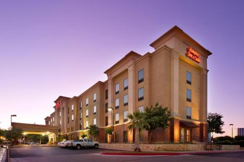 Hampton Inn & Suites San Antonio-airport Tx - San Antonio, TX 78216