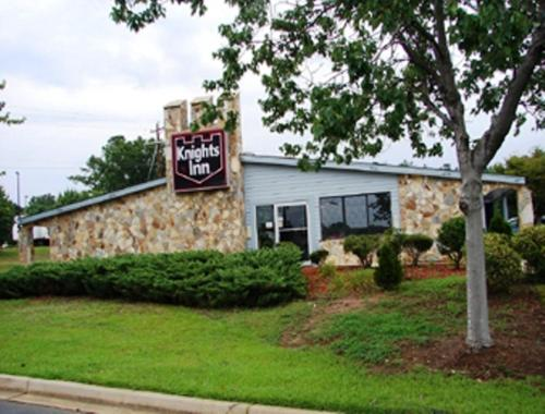 Knights Inn Columbia Northwest - Columbia, SC 29210