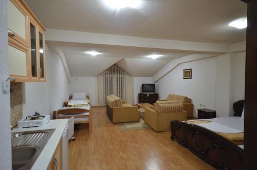 https://q-xx.bstatic.com/images/hotel/max500/256/25642033.jpg