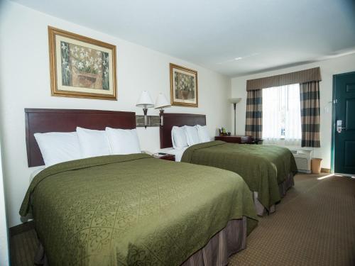 Econo Lodge Monticello Photo