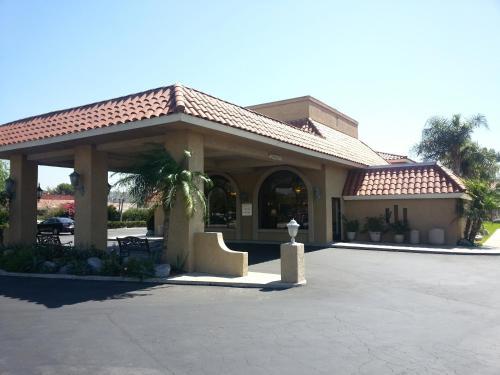 Anaheim Hills Inn Suites