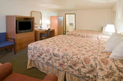 Fort Hays Inn - Hays, KS 67601