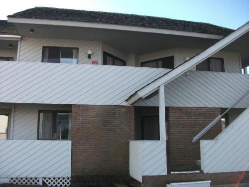 Knights Inn Mackinaw City - Carp Lake, MI 49701