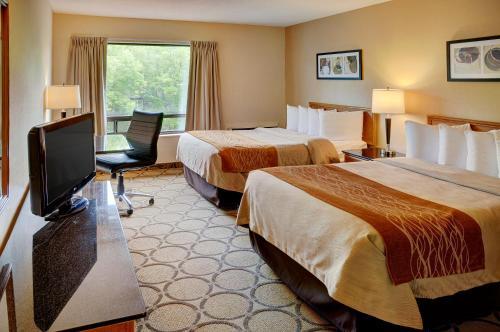 Comfort Inn Ottawa - Ottawa, ON K1J 7T1