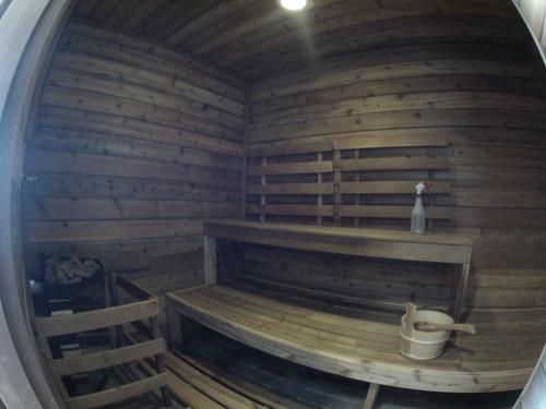 Vagabond Lodge At Kicking Horse - Golden, BC V0A 1H0