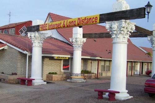 Free Breakfast Inn