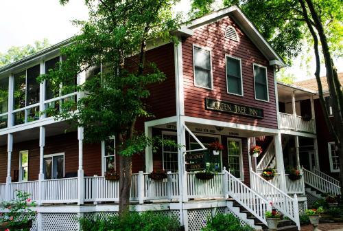 Green Tree Inn - Elsah, IL 62028