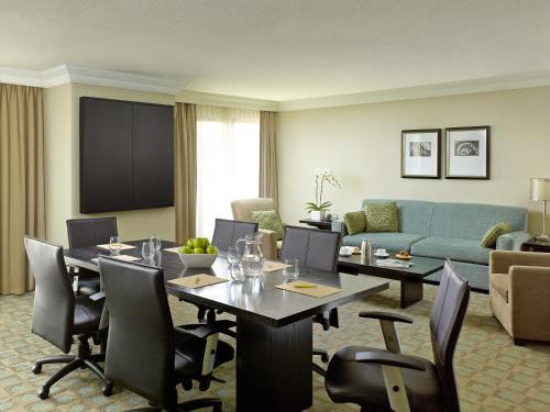 Chelsea Hotel Toronto photo 11