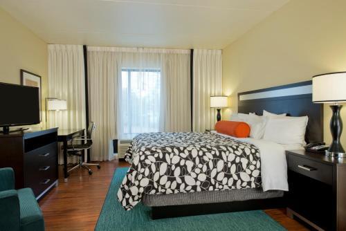 Hotel Indigo Atlanta Airport College Park - College Park, GA 30337