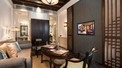 Relais & Chateaux Chaptel Hangzhou Hotel photo 10