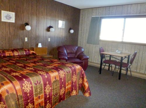 Snowshoe Inn - Fort Smith, NT X0E 0L0