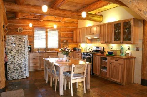 Gilden Lodge Photo