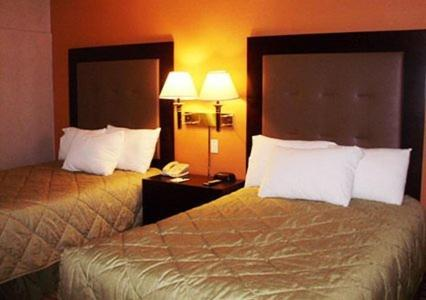 Quality Inn Windsor Locks - Windsor Locks, CT 06096