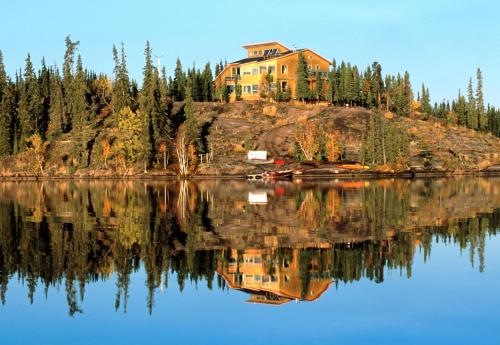 Blachford Lake Lodge - Fort Smith, NT X1A 2H5